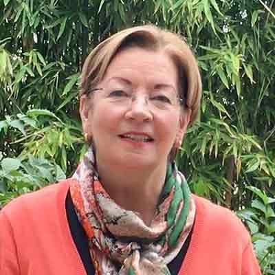Julie Cummings-Debrot La Maison du coco About us